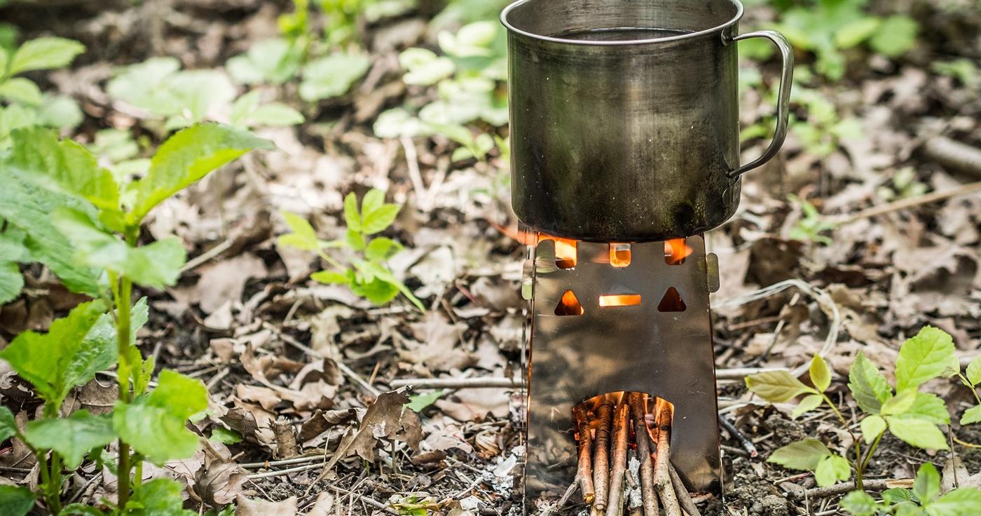 kuchenka survivalowa na drewno