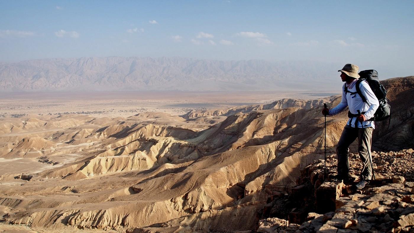 Jak wędrować w upale/na pustyni? Cz. 1 – ubiór na pustynię
