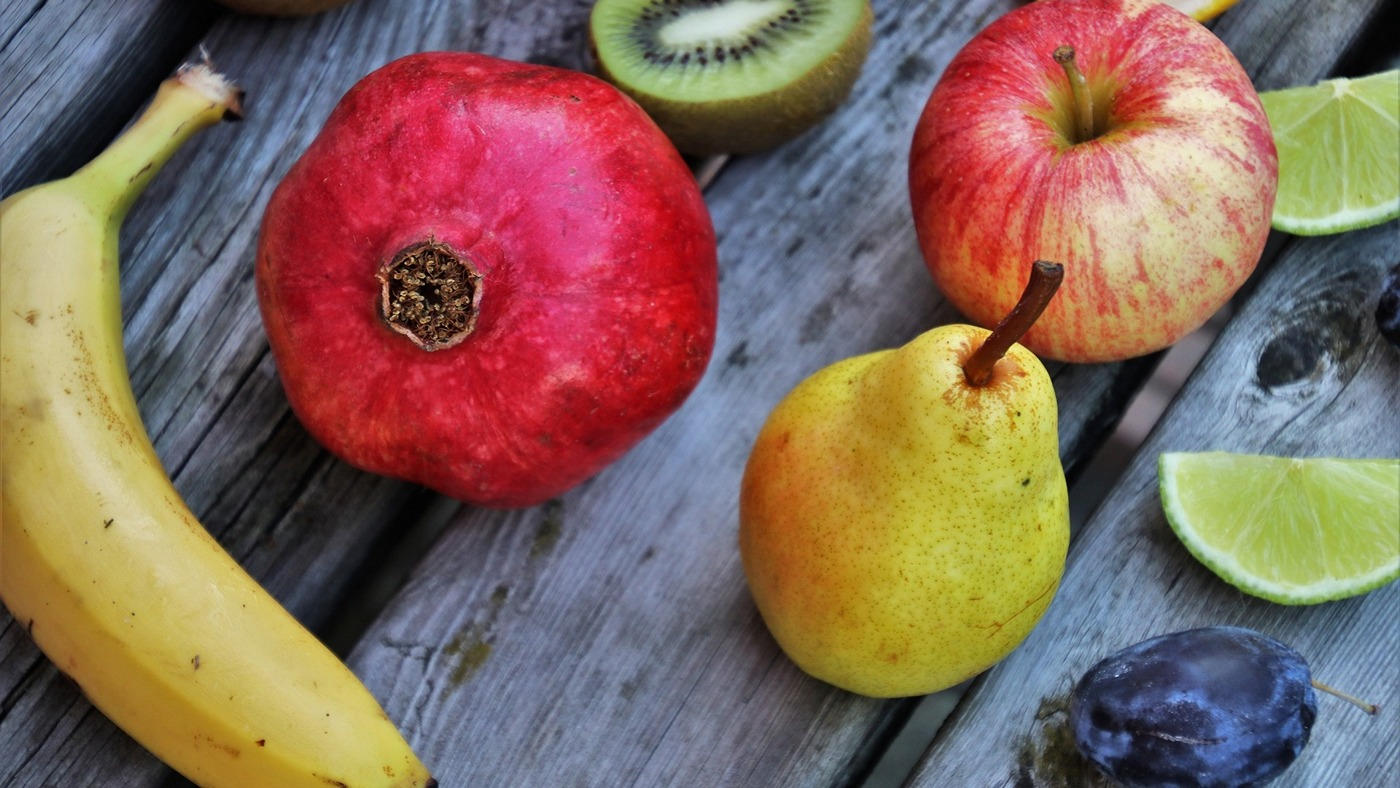 jedzenie-dieta-w-gory-bialko-tluszcze-witaminy