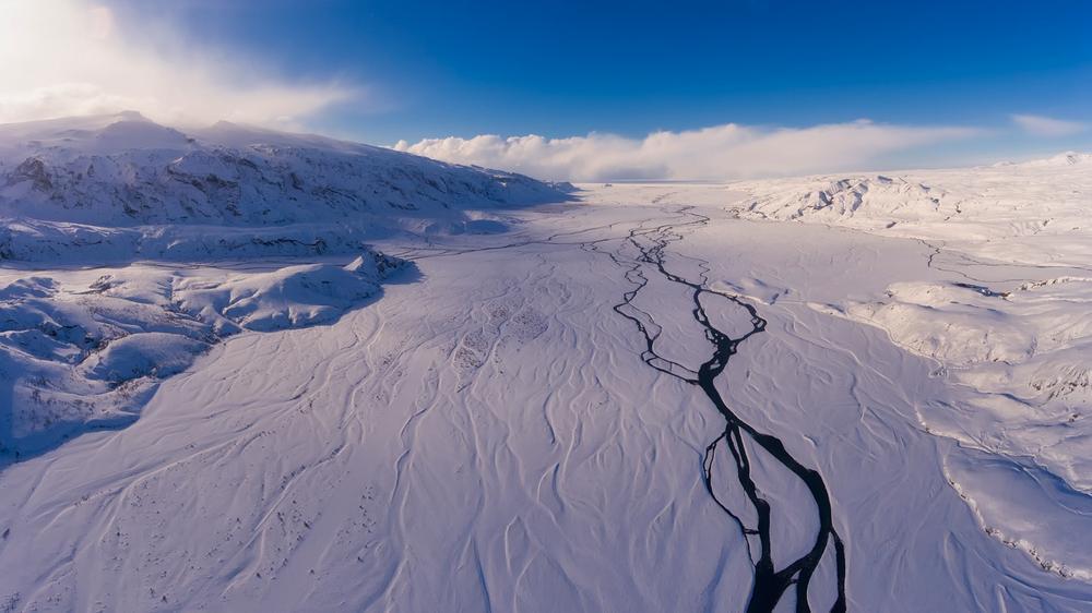 zimowy trawers islandii